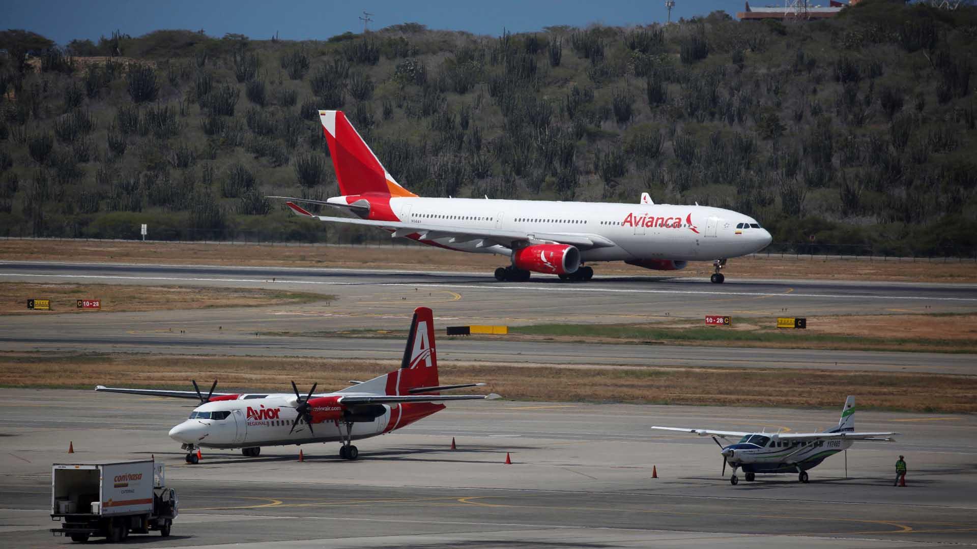 La aerolínea colombiana aclaró el inconveniente presentado este fin de semana e informó la reanudación de sus viajes