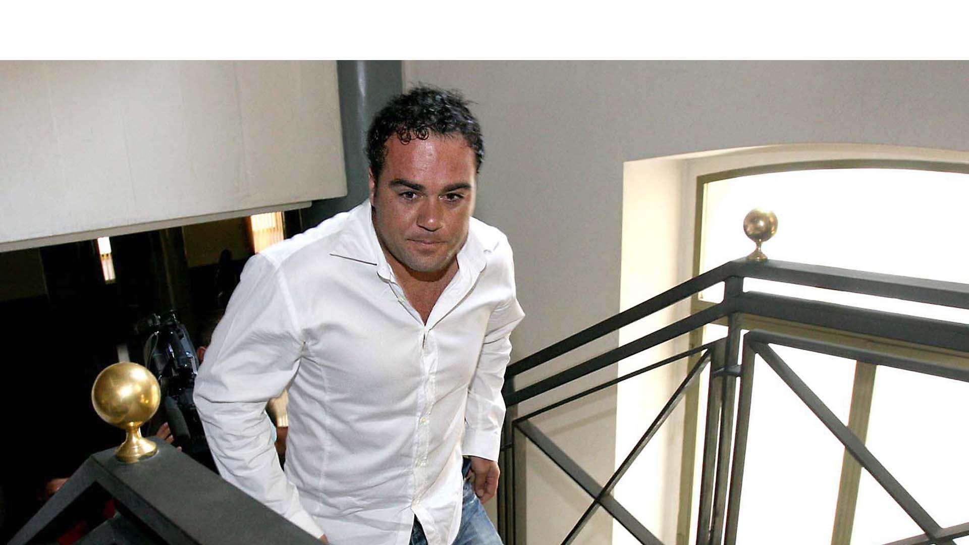 Aitor González, ganador de la Vuelta a España de 2002, estaría en la mira de las autoridades oficiales nuevamente