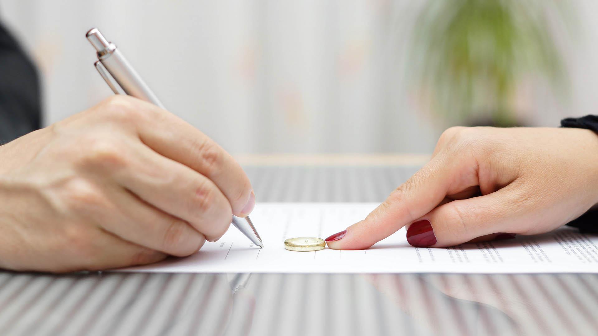 La Generalidad de Cataluña también estableció que las separaciones puedan realizarse ante un notario