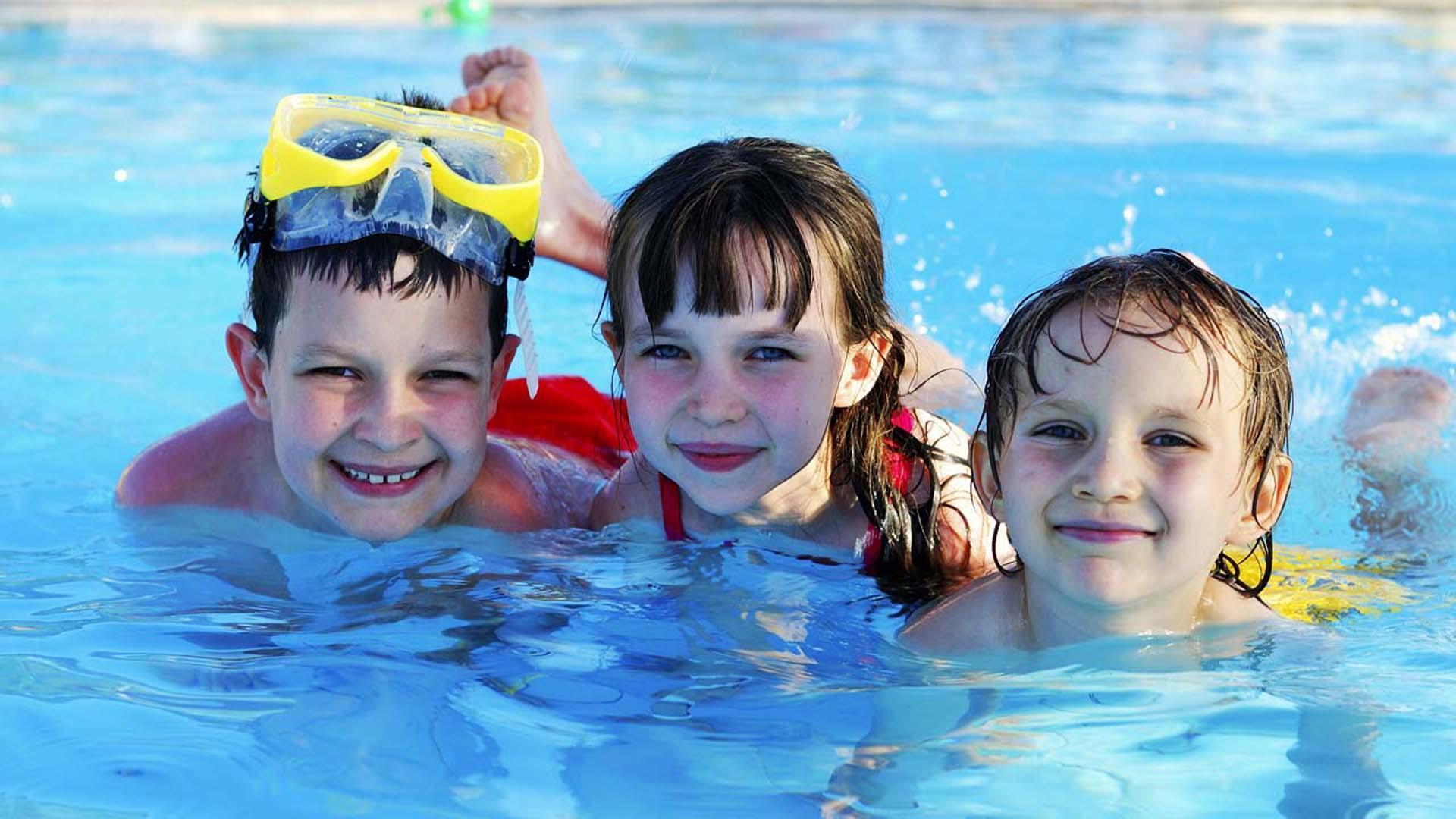 Los accidentes por inmersión o ahogamientos son comunes en playas y piscinas, evitarlos depende de ti