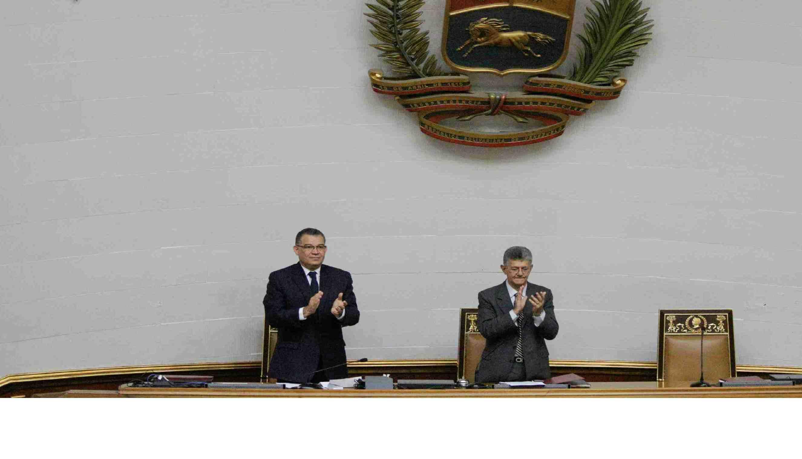 El acuerdo aprobado busca la restitución de la Constitución de la República, del orden institucional y la democracia.