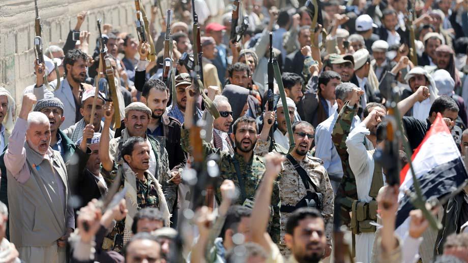 A manera de represalia por el atentado de este sábado en un funeral, el ex presidente yemeni insto a los grupos de seguridad a contraatacar