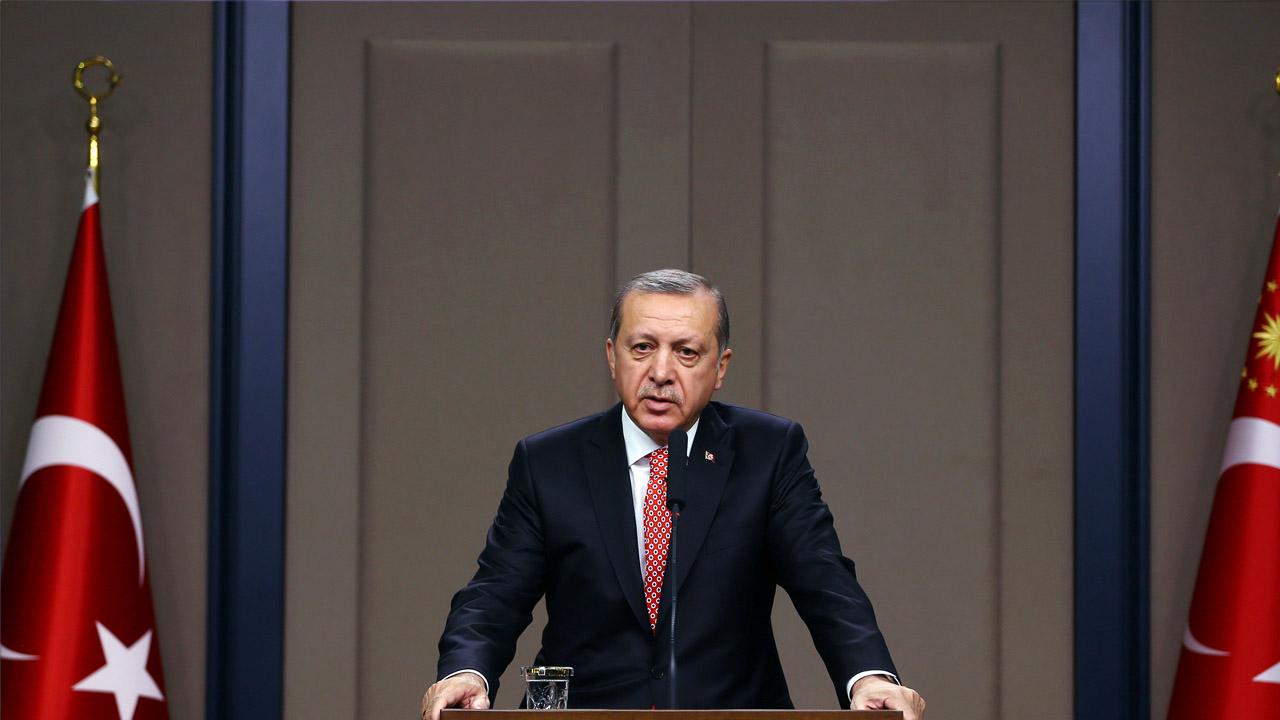 El presidente turco hizo estas acusaciones durante su participación en el Parlamento paquistaní