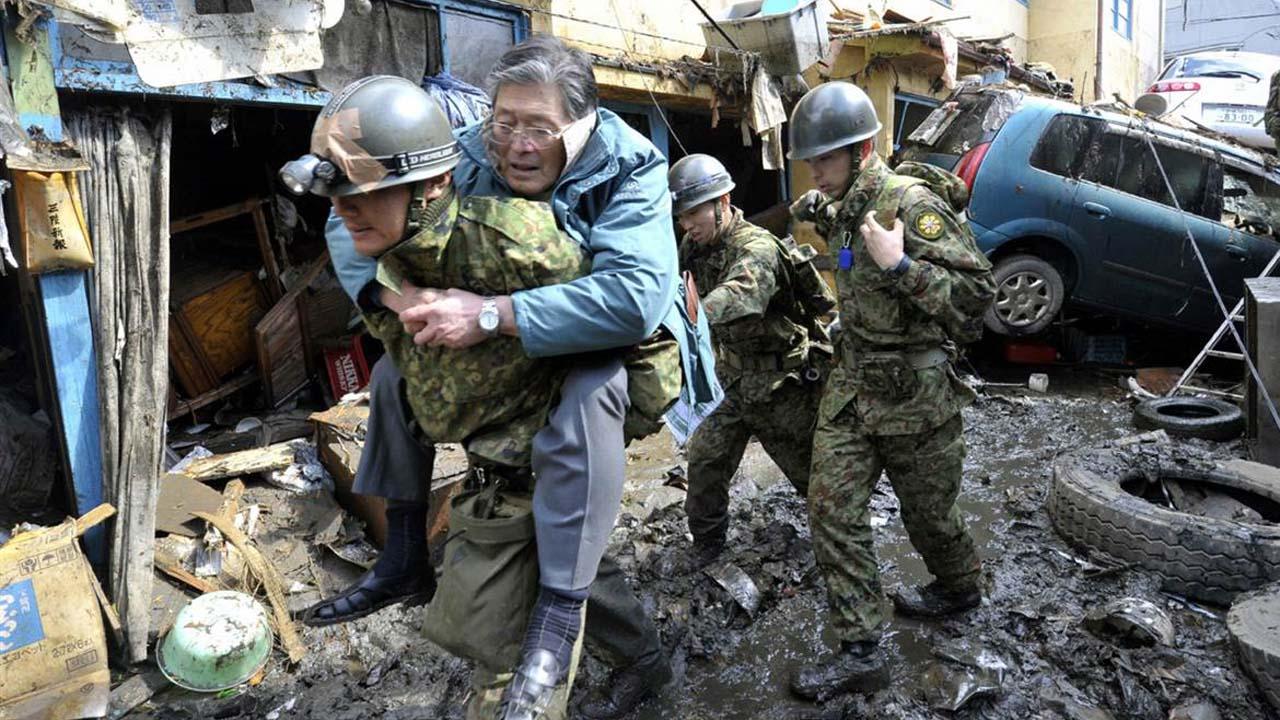Temblor de magnitud 7.3, con epicentro en las costas de Fukushima.