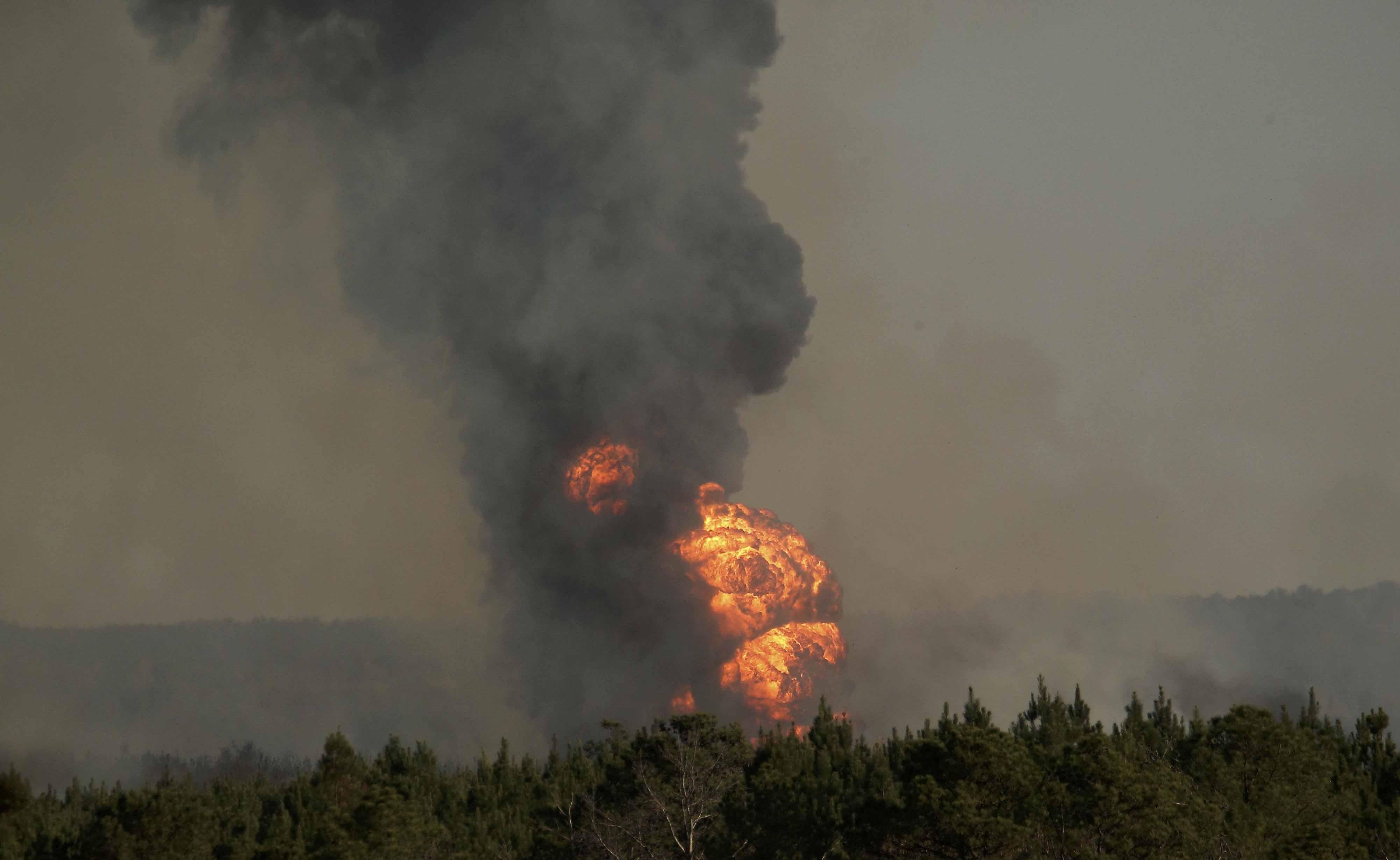 El incidente ocurrido en el estado de Alabama, que dejó además 5 heridos, llevó a las autoridades a declarar estado de emergencia