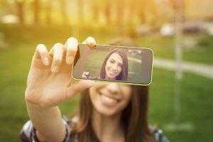 De acuerdo con Noel Coella, los pixeles de los smartphones podrían detectar anomalías en la piel detectando un cáncer de este tipo