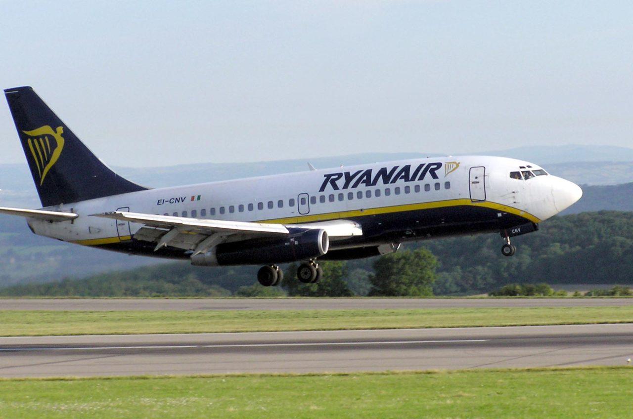 La aerolínea de bajo coste ofertará vuelos a Portugal y España en el mismo aeropuerto donde la alemana Lufthansa realiza la mayoría de sus operaciones