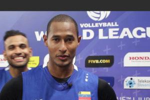 Este viernes se dio a conocer el fallecimiento del capitán de la selección venezolana de voleibol Kervin Piñerúa tras sufrir un infarto