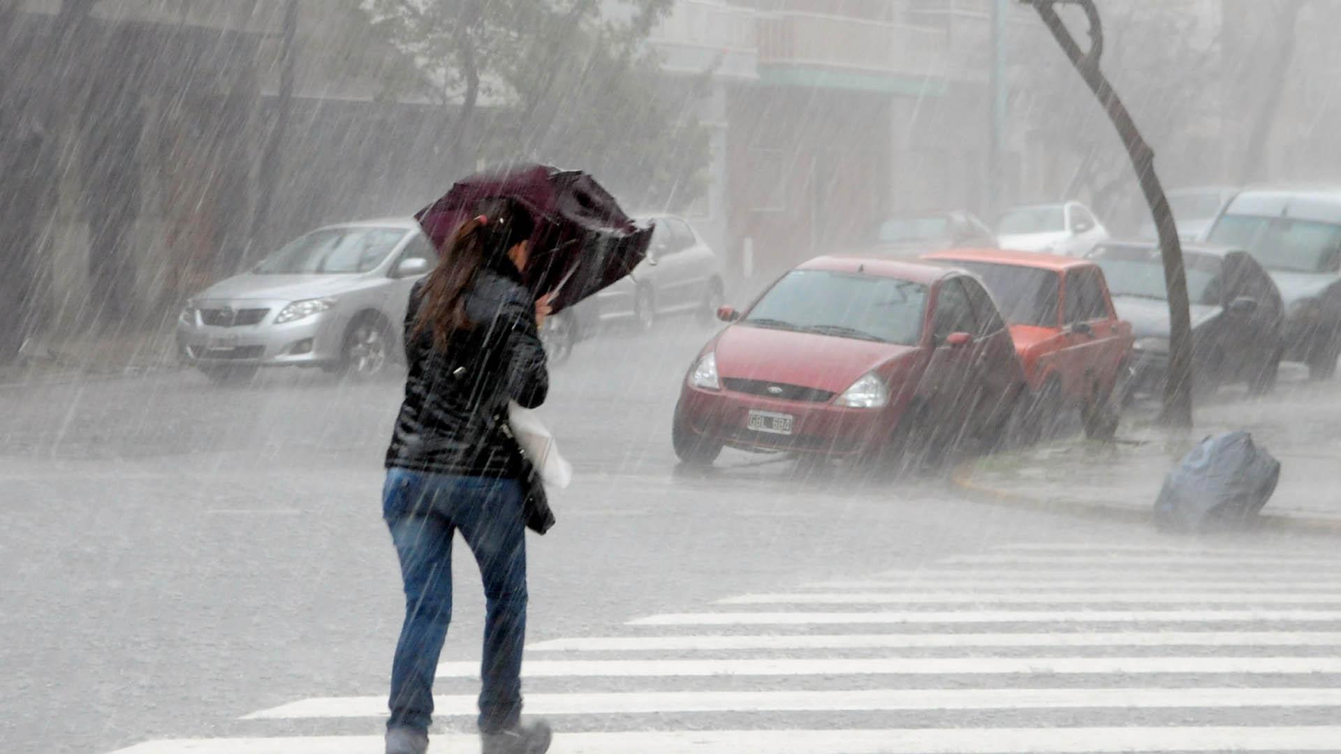 Las precipitaciones tendrán intensidad variable y una marcada tendencia de débiles a moderada