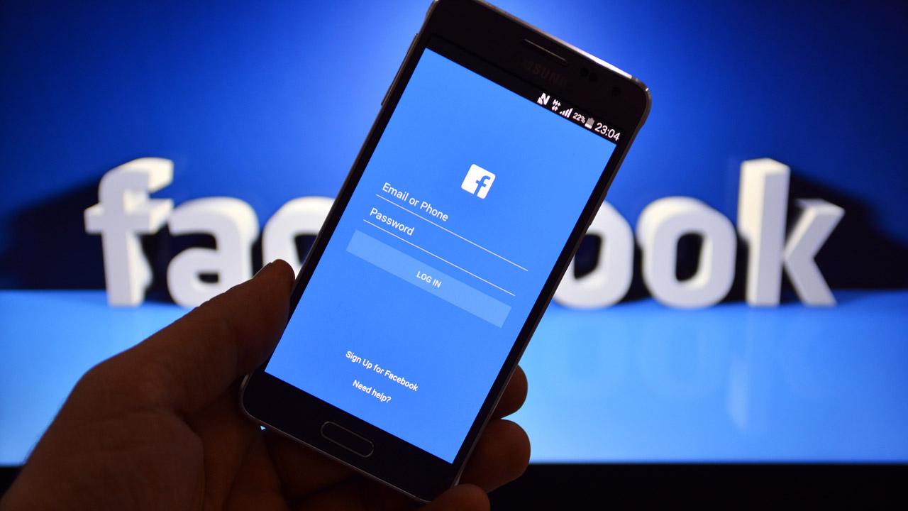 Una propaganda fraudulenta hurta las identidades en redes sociales, es importante renovar contraseñas constantemente y craerlas difíciles de descifrar