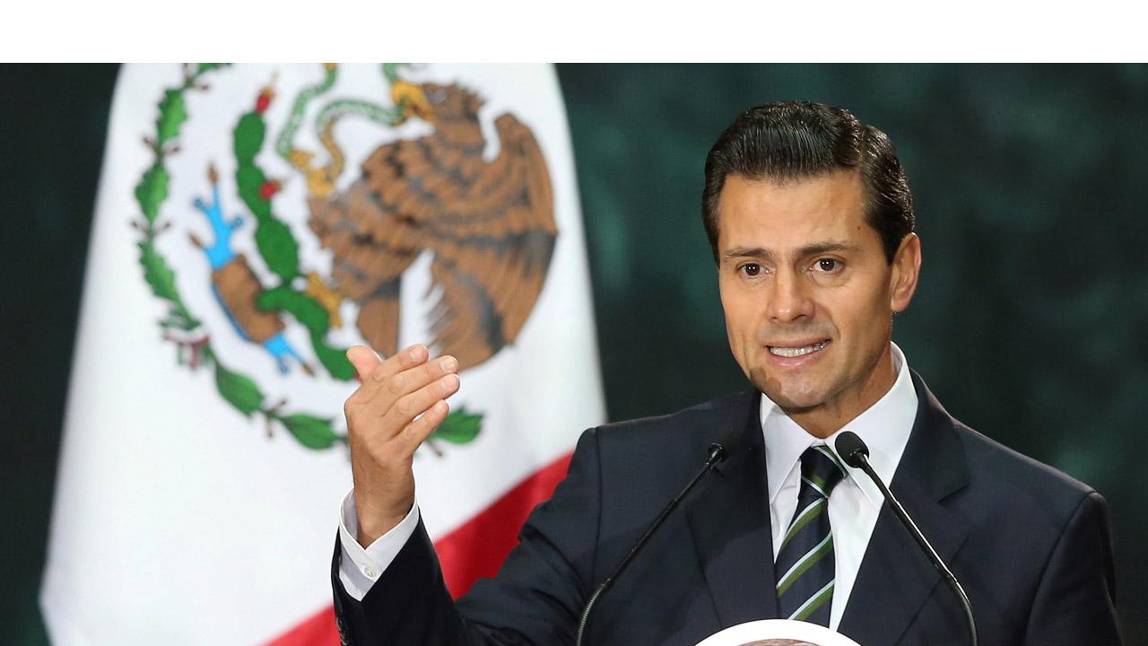 El presidente Enrique peña Nieto felicitó a los estadounidenses por sel proceso electoral e instó al candidato ganador a trabajar unidos