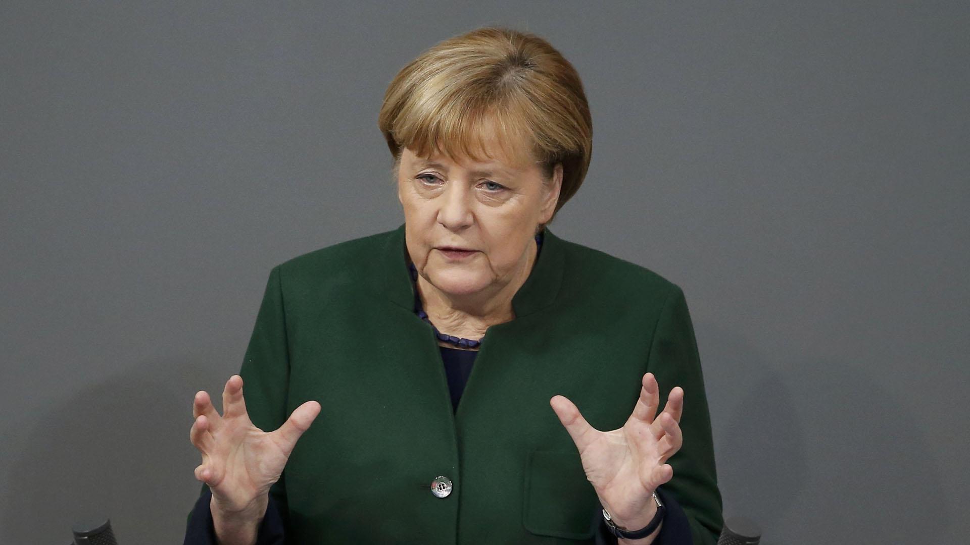 La canciller alemana dijo que los populistas apuestan a la división y el odio