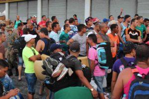Decenas de manifestantes se reunieron en la Cinta Costera de la Ciudad de Panamá para solicitar mejoras