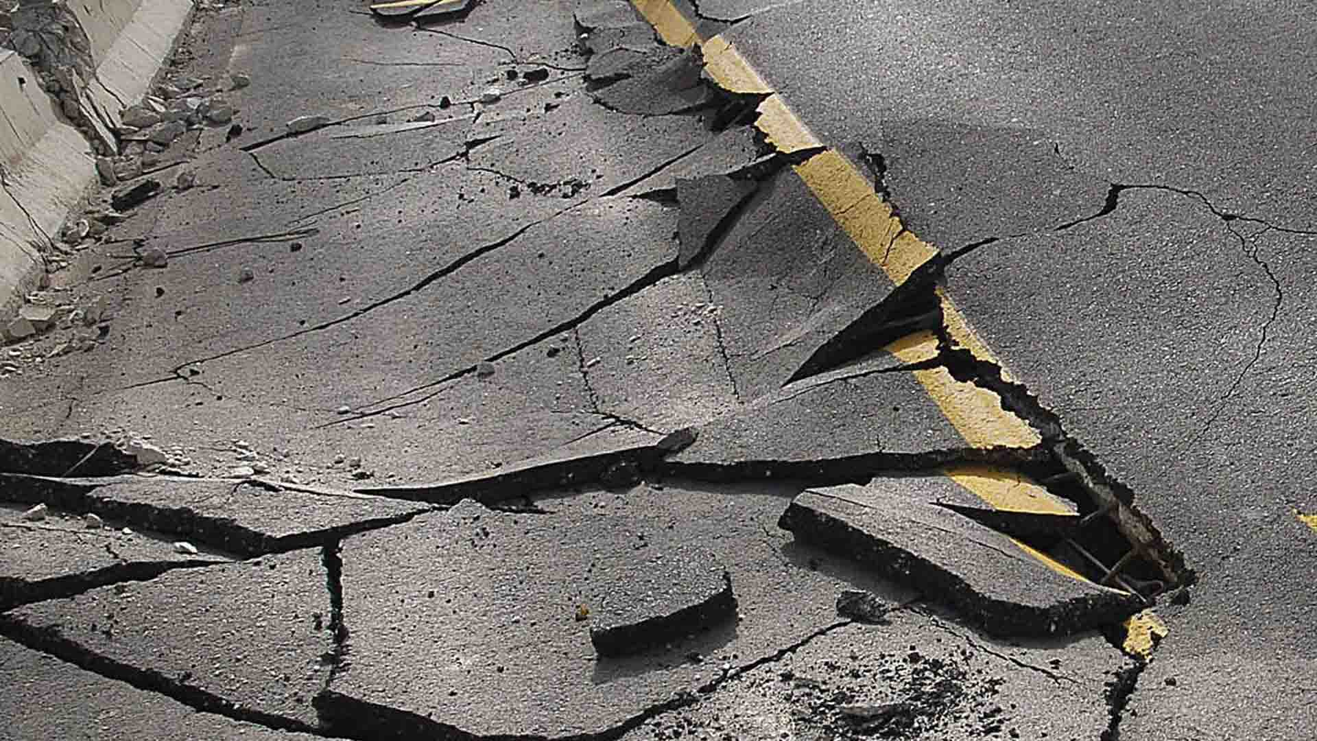 Hasta ahora las autoridades no han informado que el movimiento telúrico de 6.5 haya dejado víctimas