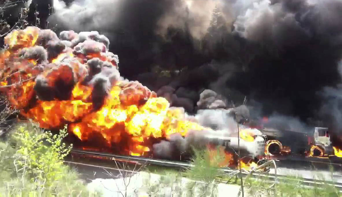 El hecho ocurrió en Mozambique luego de un intento por robar el combustible que transportaba un camión cisterna que se volcó