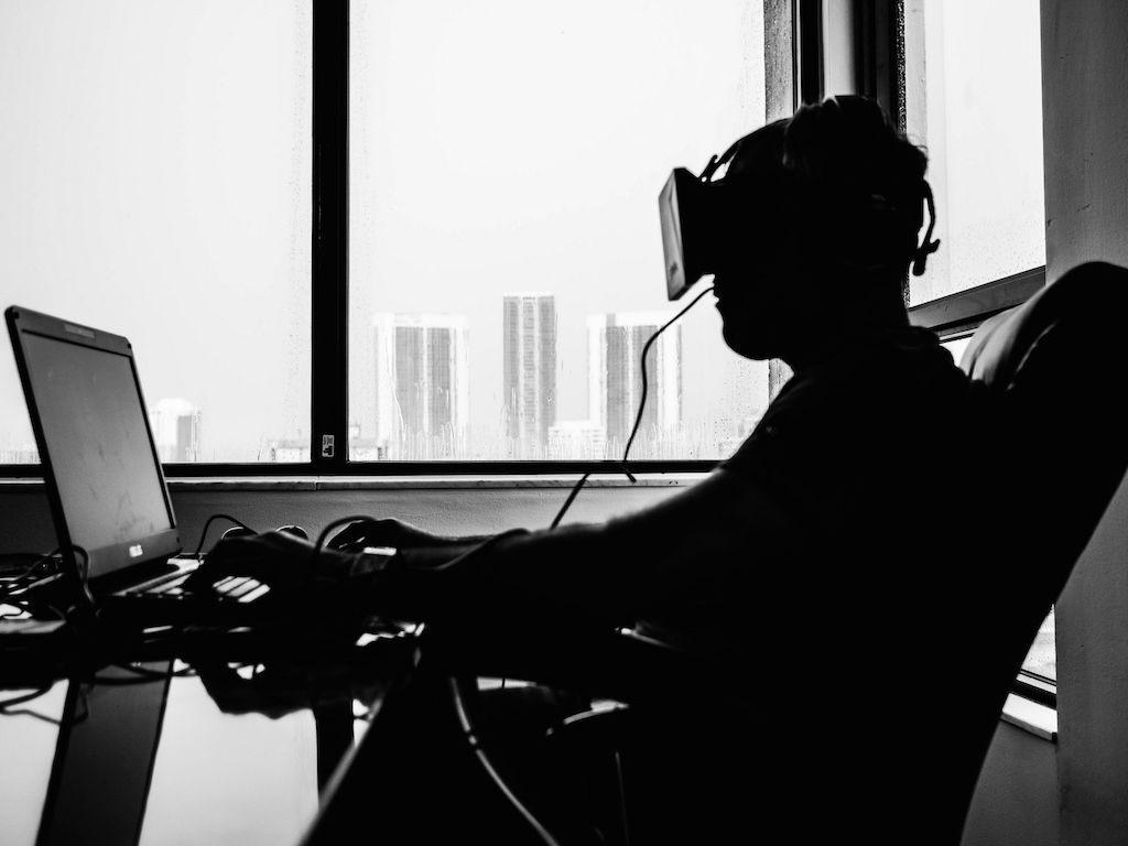 Tratamiento con lentes de realidad virtual en 3D ayuda a quienes sufren el padecimiento