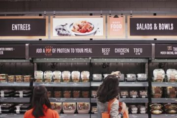 El gigante electrónico lanzó una red de supermercados donde no habrán cajeros ni colas para pagar los productos