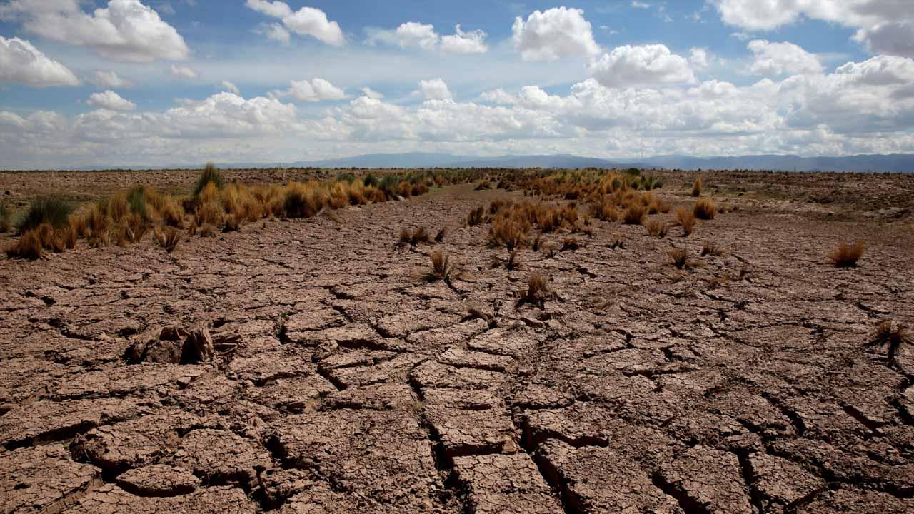 El ministro boliviano de Defensa indicó que la parte crítica ya ha pasado y se espera que dentro de poco empiece la recuperación