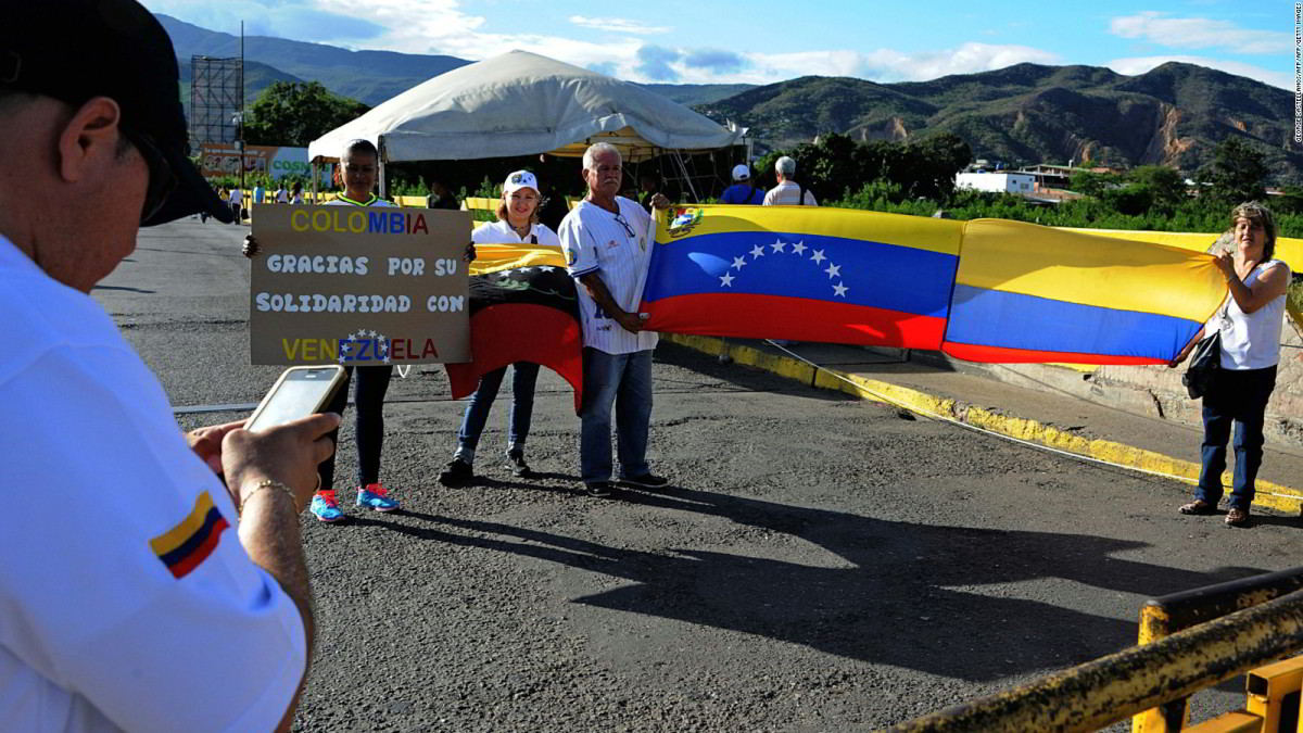 El gobernador del estado Táchira, José Gregorio Vielma Mora anunció la fecha de apertura