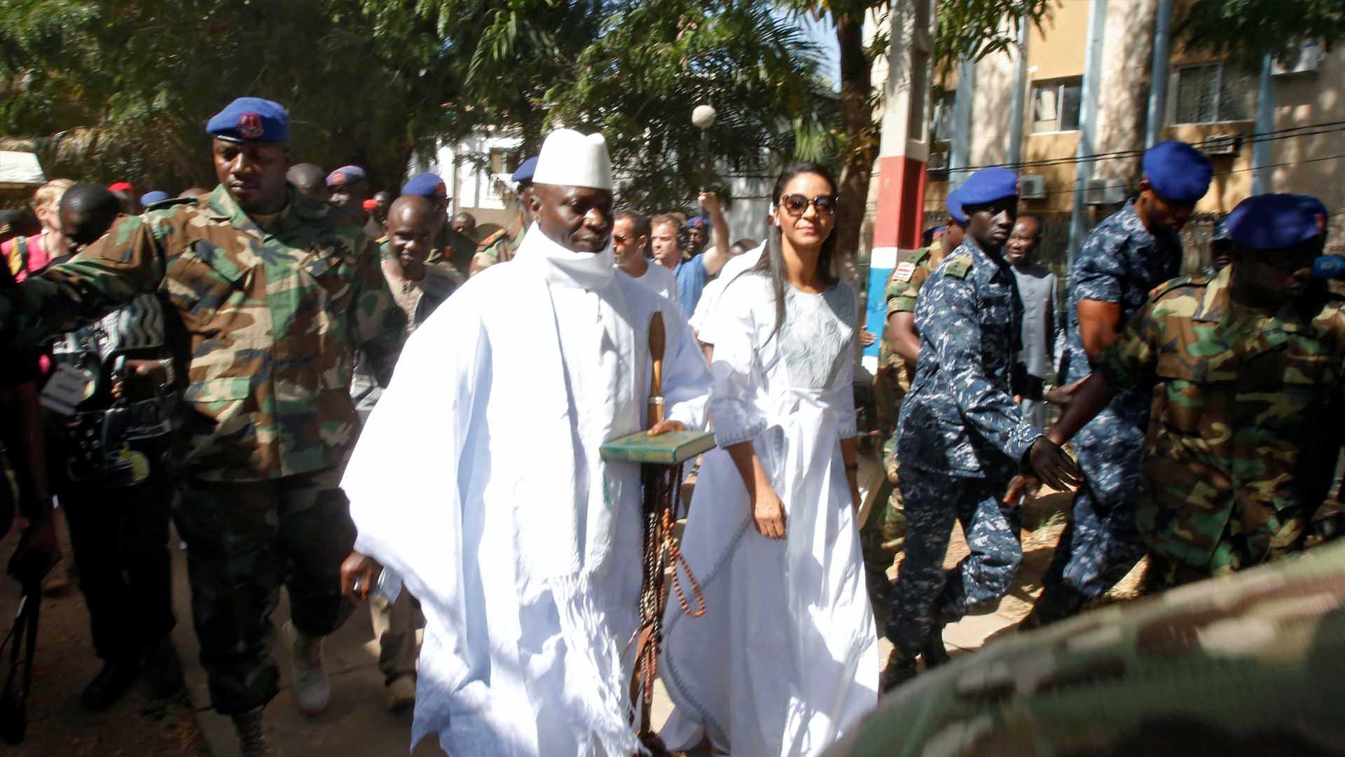 Luego de 22 años en el poder Yahya Jammeh fue derrotado por el opositor Adama Barrow