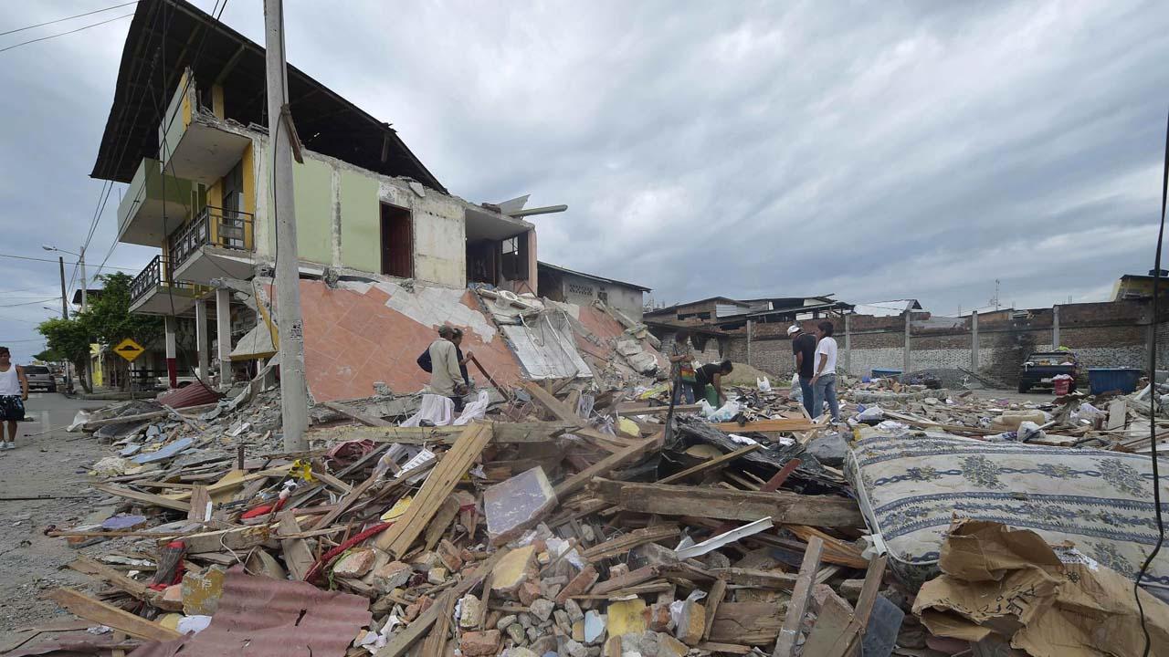 Un movimiento telúrico de magnitud 5.5 sacudió la región de Lampa en Perú dejando 8 viviendas colapsadas