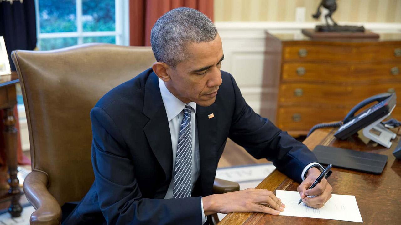 El presidente estadounidense aprobó un proyecto de inversión para luchar contra el cáncer y prevenir adicciones