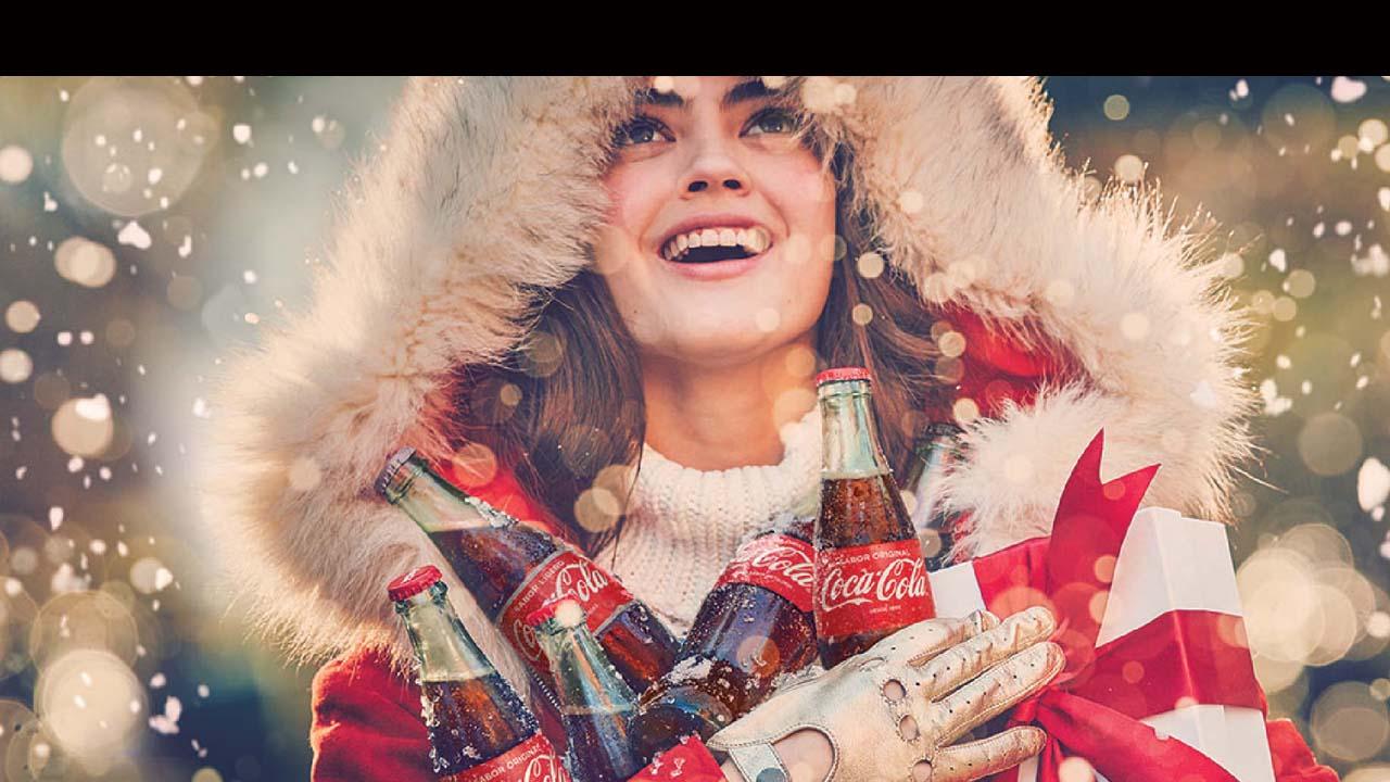 A través de una campaña pubicitaria que tiene como finalidad inspirar a las personas a disfrutar y convivir momentos de felicidad en estas fiestas decembrina