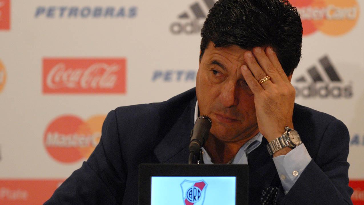 El ex capitán de la selección argentina de fútbol está siendo investigado junto con otros 14 directivos de River Plate