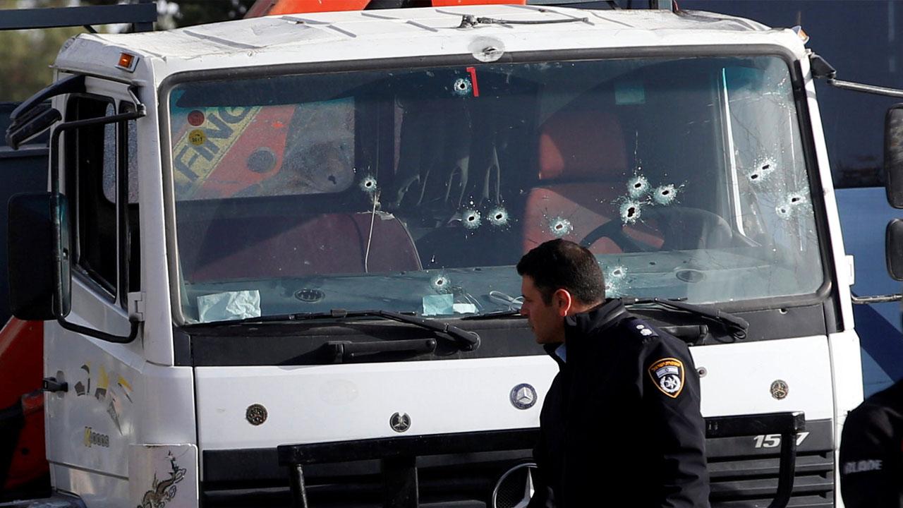 El hecho se suscitó en Jerusalen luego que un camión atropellara a un grupo perteneciente a las fuerzas de seguridad