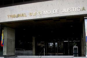 El Tribunal venezolano reconoció como admisible la solicitud de dos mujeres para inscribir a un niño como su hijo