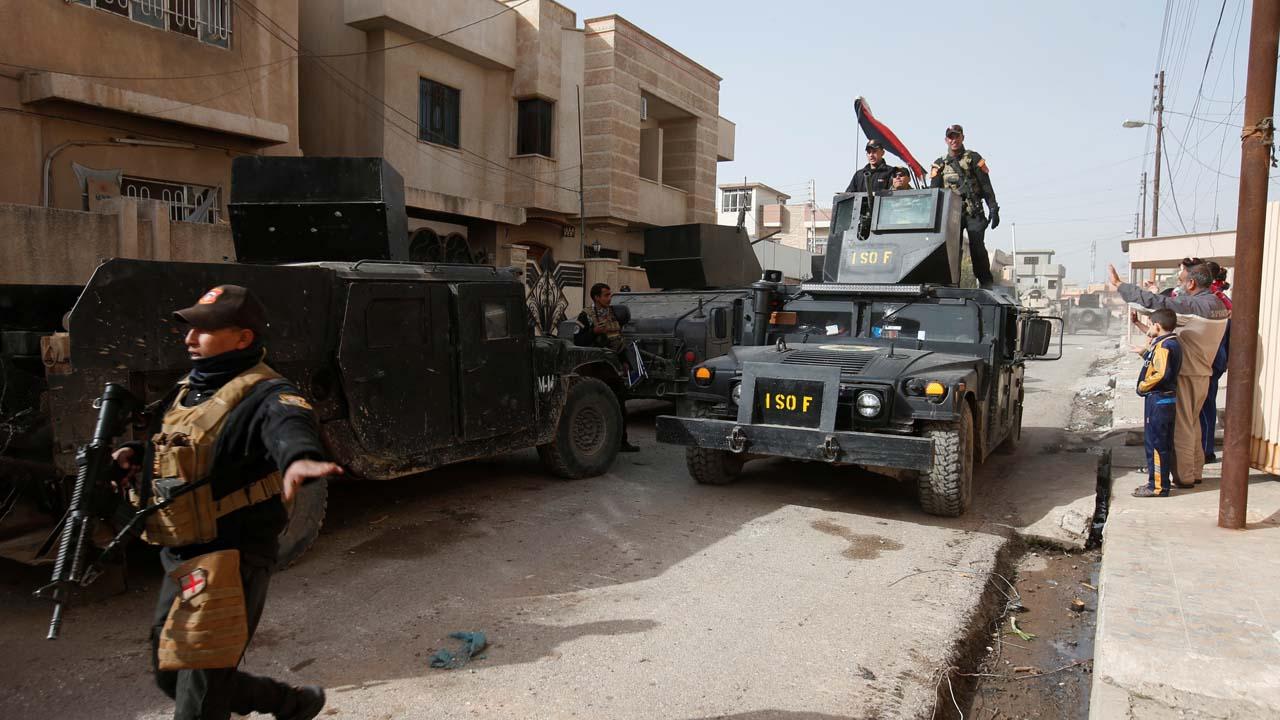 Con ayuda de EE.UU. las autoridades intentan recuperar Mosul por lo que el EI ha intensificado sus acciones