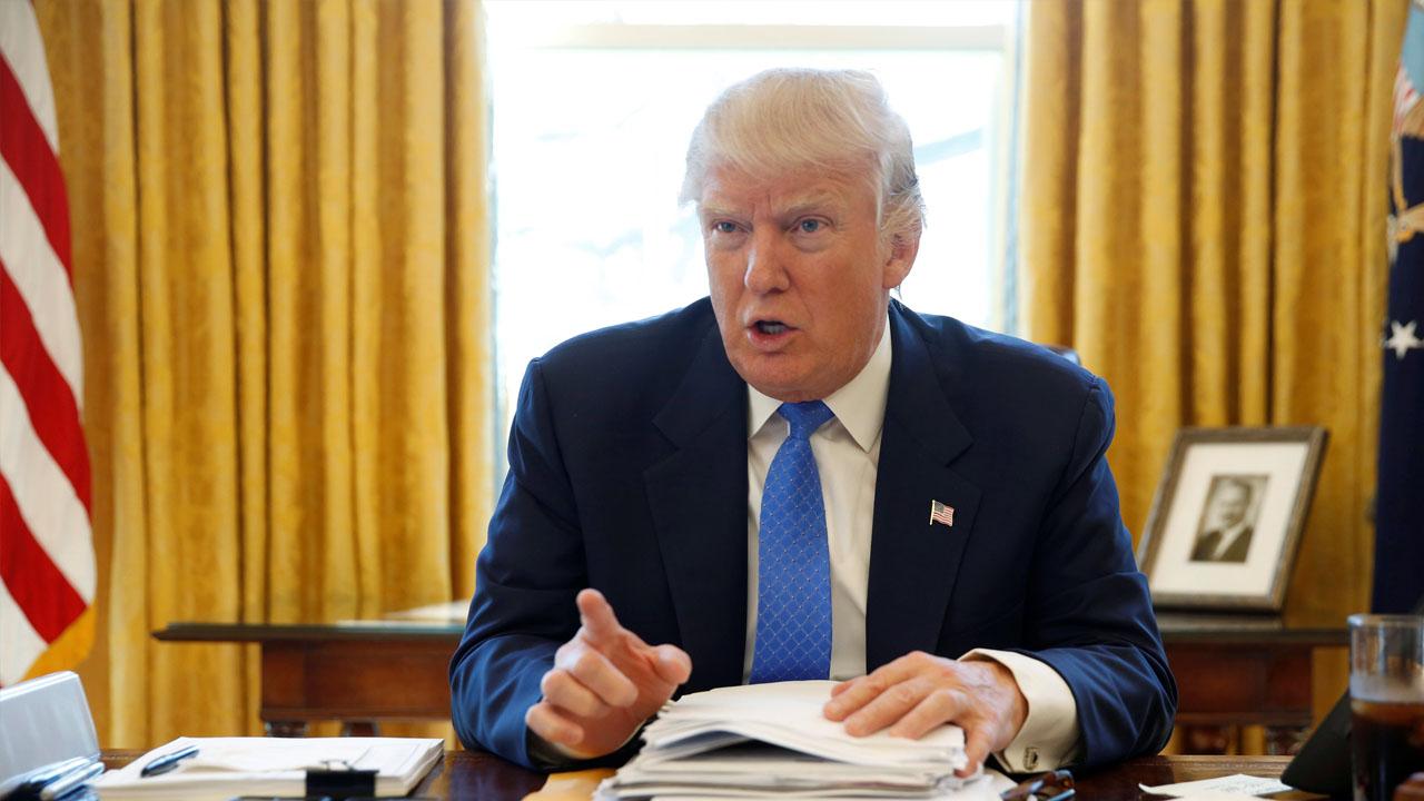 El presidente de EE.UU. se quejó contra el ente federal por no poder detener las filtraciones de información
