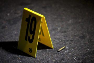 El chico jugaba con una pistola y accidentalmente asesinó al chico de 14 años, mientras realizaban tareas
