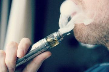 """Estudios recientes revelaron que los infantes que conviven con este tipo de artefactos creen que """"fumar está bien"""""""