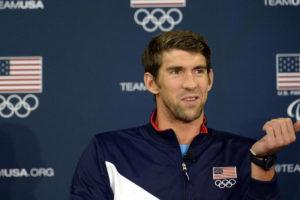 El atleta olímpico cuenta con su propia linea de traje de baños y espera ver a los competidores lucirlos