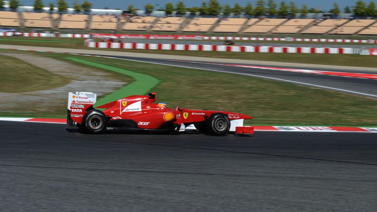 Ambas escuderías descubrieron los nuevos bólidos con los que sus pilotos buscarán el título mundial del campeonato para la temporada 2017 de la Fórmula 1