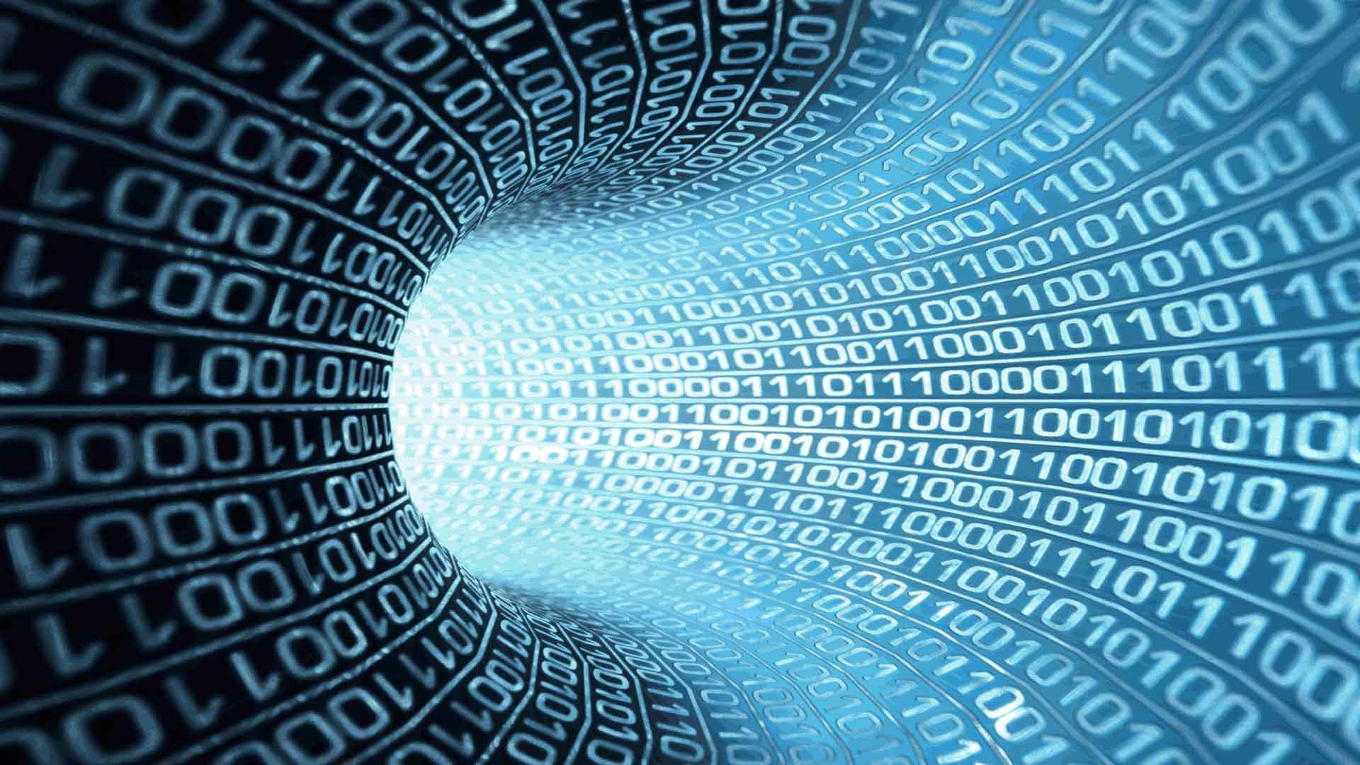 """Martin Hilbert, experto en redes digitales afirma que los gobiernos tienen toda la información de sus ciudadanos, diseñando así estrategias de """"populismo puro"""""""