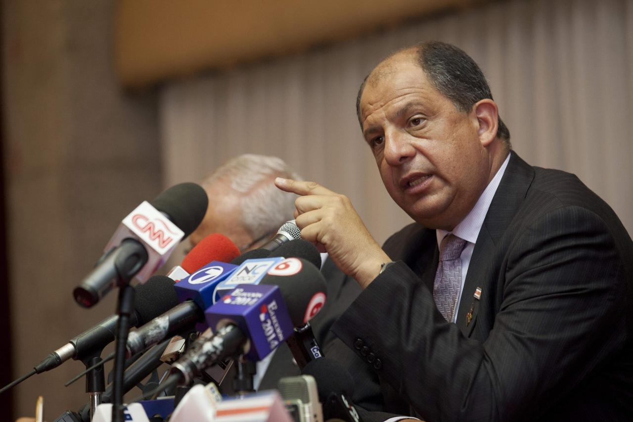 El presidente, Luis Solís, dijo estar muy preocupado por llegada de venezolanos
