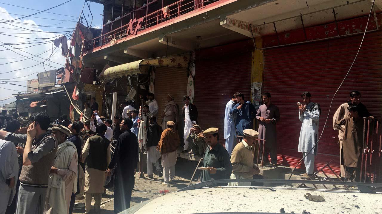 El hecho ocurrió luego de la explosión de un coche a las afueras de una mezquita chiita en Parachinar