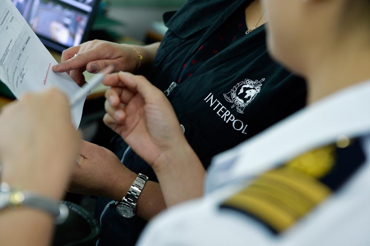 Solicitado en Interpol por falsificación, incumplimiento de informar y de apropiación indebida
