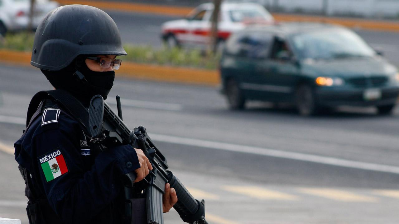 El hallazgo de los cuerpos, que tenían papeles con amenazas, se dio en la localidad de Veracruz