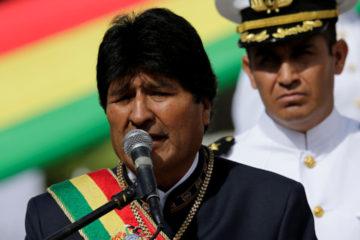 El presidente boliviano se trasladó hoy a la isla para someterse a una intervención quirúrgica