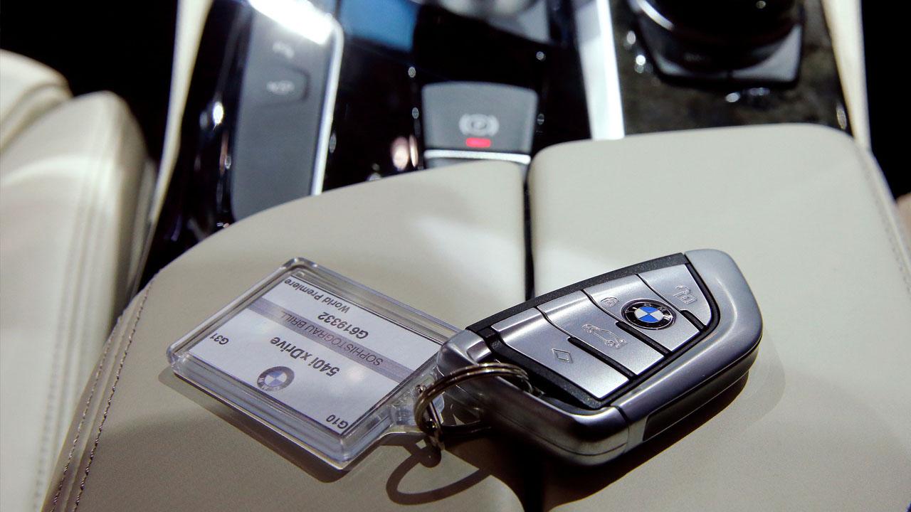 La empresa anunció que 122 mil autos serán revisados por problemas en la transmisión
