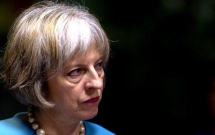 La primera ministra británica, Theresa May también conversó con Donald Trump
