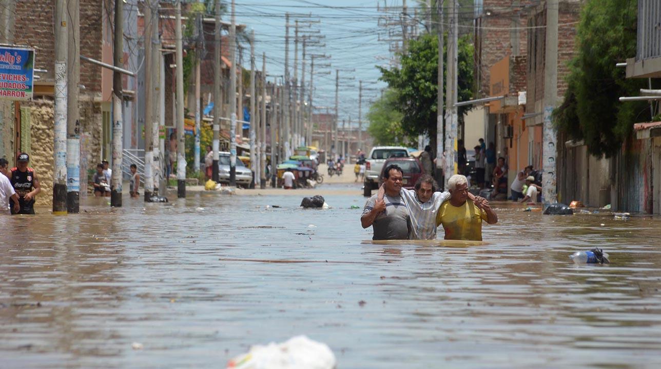 """El fenómeno """"El Niño costero"""" ha provocado fuertes avalanchas y desbordes en varias regiones del país"""