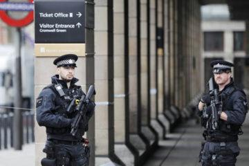 Este miércoles un sujeto atropelló a decenas de personas en las afueras del Parlamento de Londres en respuesta a una orden de la milicia terrorista