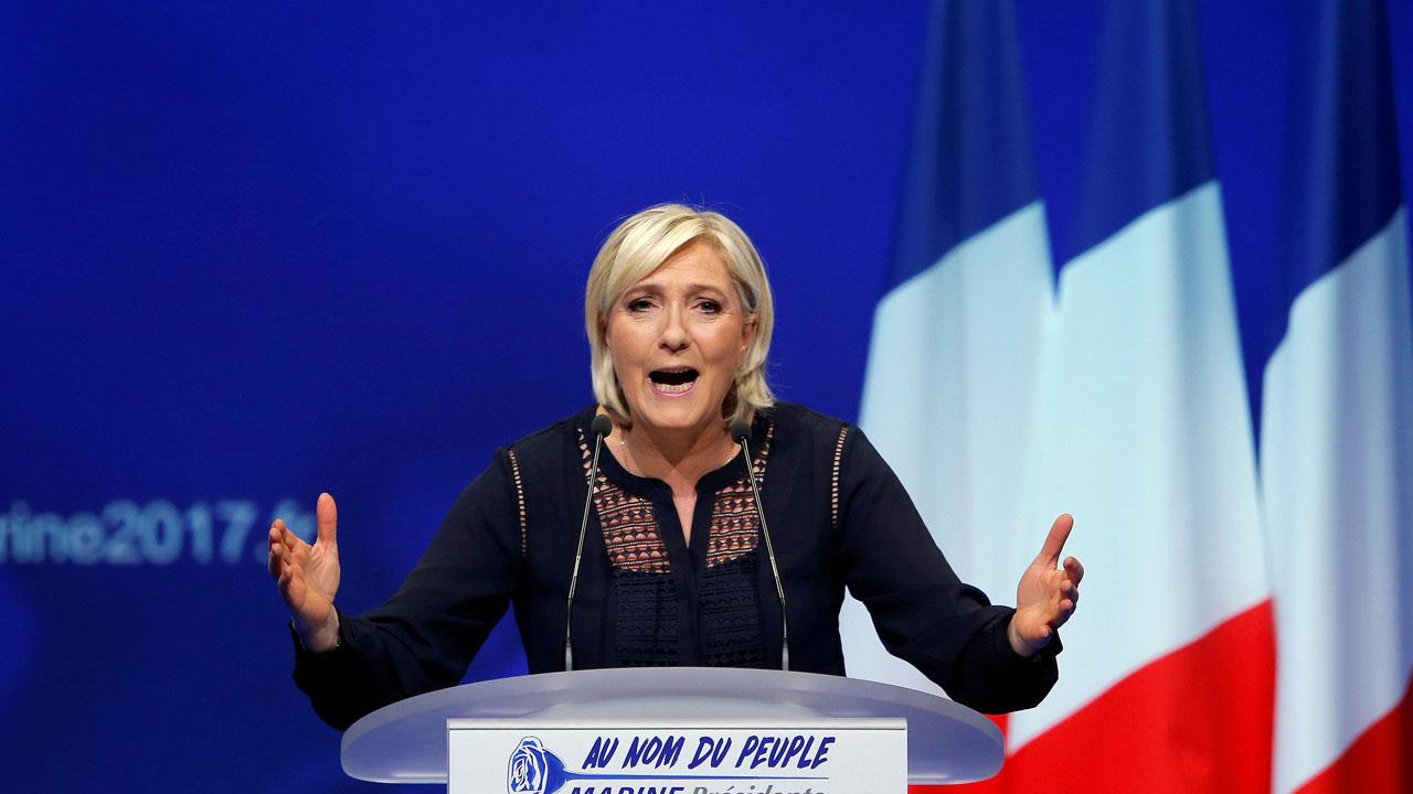 La candidata presidencial francesa visitó Moscú invitada por la Cámara baja
