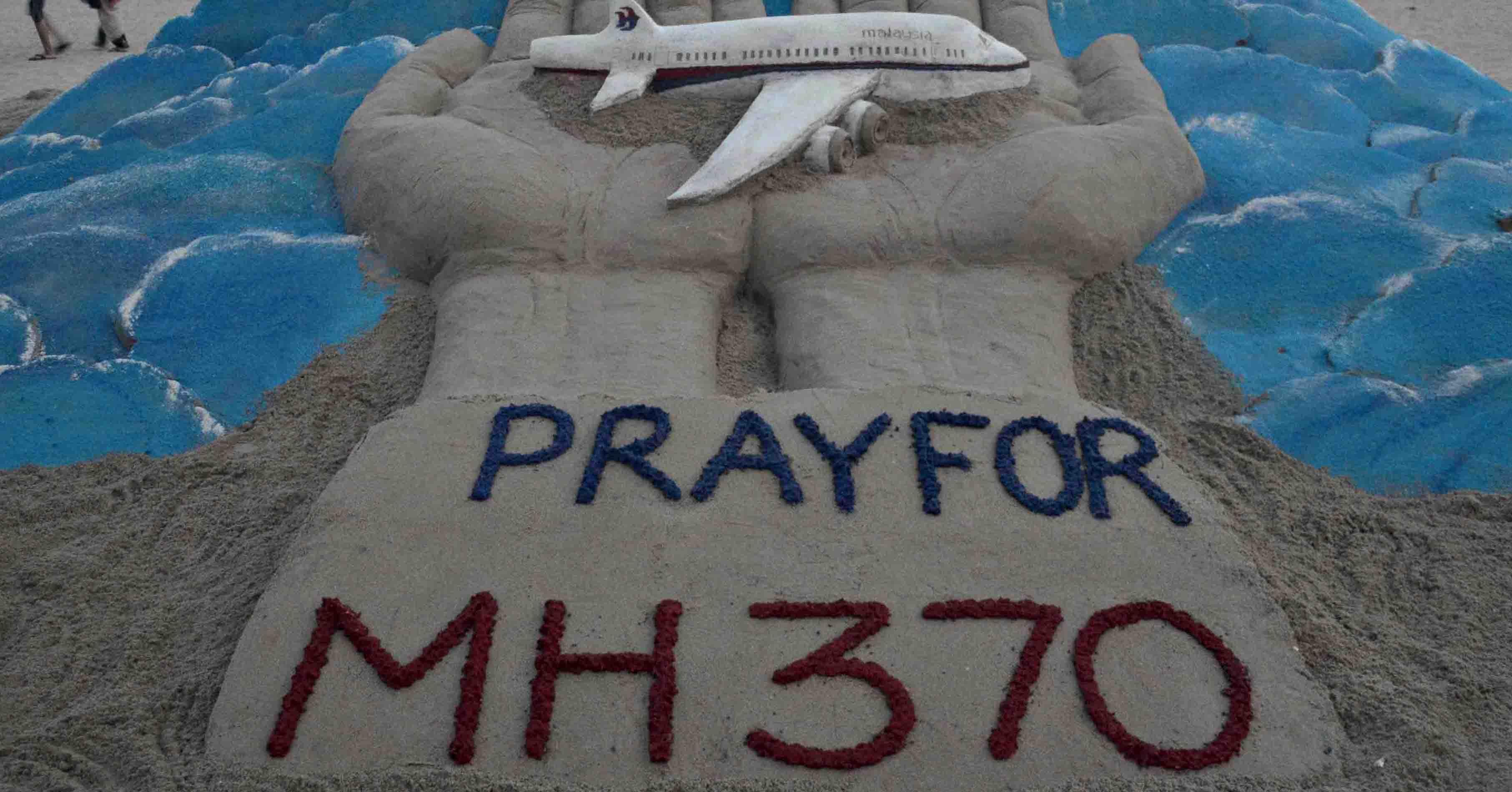 Las esperanzas de hallar rastros del avión no están pérdidas aún cuando se llegó al tercer aniversario de su desaparición