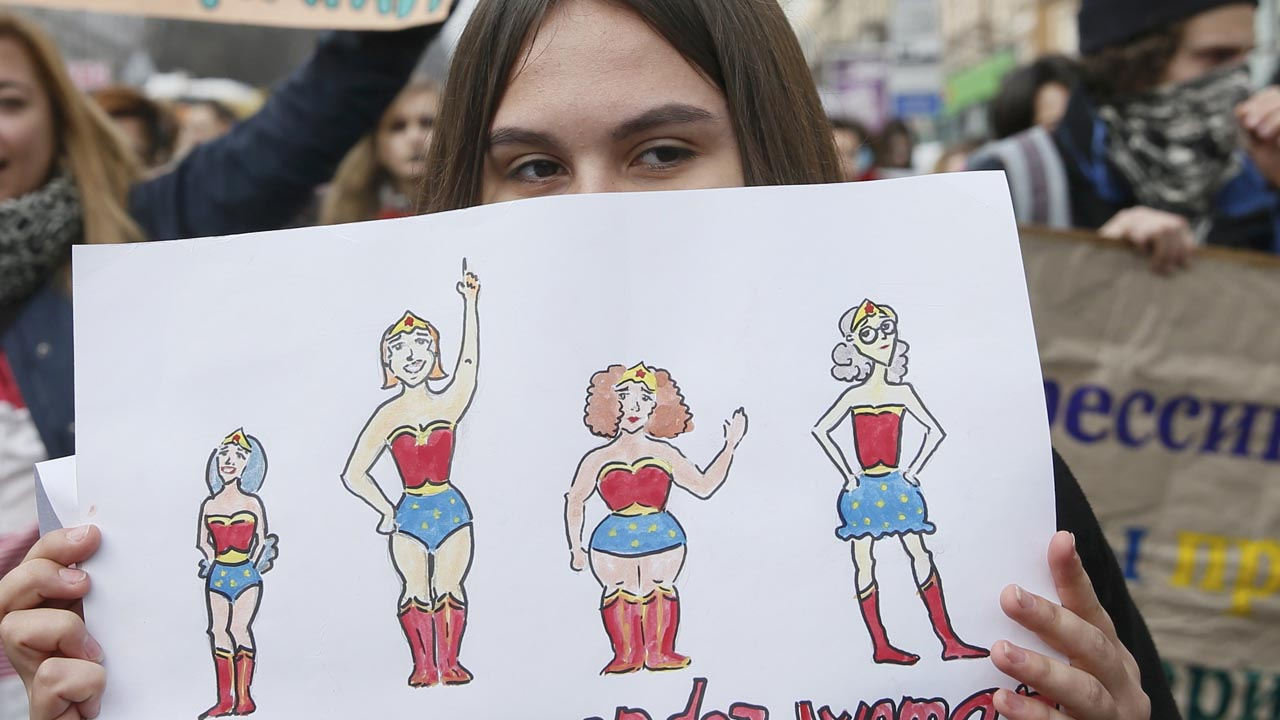 Más de 30 países se sumaron a la convocatoria que aboga por un Día sin Mujeres en el cual las damas piden igualdad de condiciones
