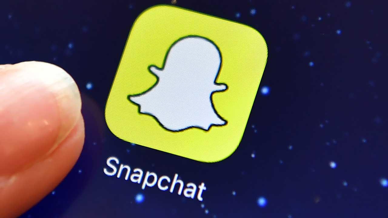 La empresa que maneja la red social efímera comenzará a cotizar en la Bolsa de Nueva York luego de su exitosa oferta pública inicial